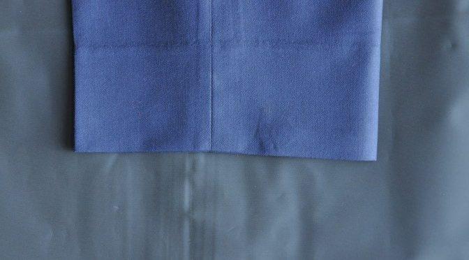 スーツのパーツ名称「モーニングカット」