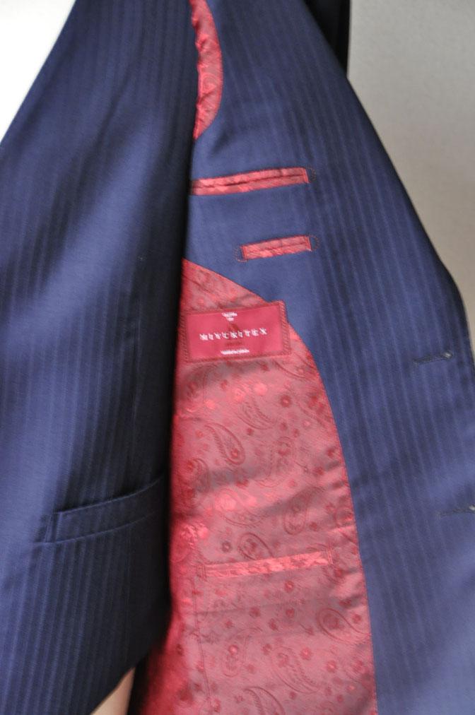 7d0cb187a6dac2ae14650f2302a70a97 お客様のスーツの紹介-御幸毛織 ネイビーシャドーストライプ-