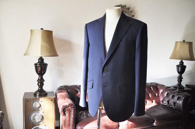 DSC0003-2 お客様のスーツの紹介-Biellesi ネイビーストライプスーツ-