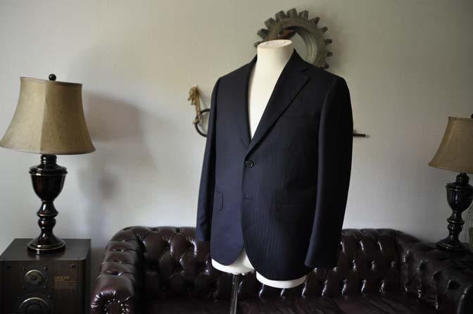 DSC0004-2 お客様のスーツの紹介-ネイビーヘリンボーン-