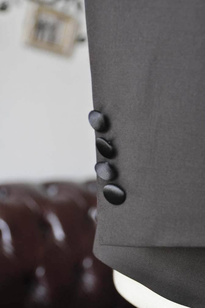 DSC0004-4 お客様のウエディング衣装の紹介- Biellesiブラウンタキシード-