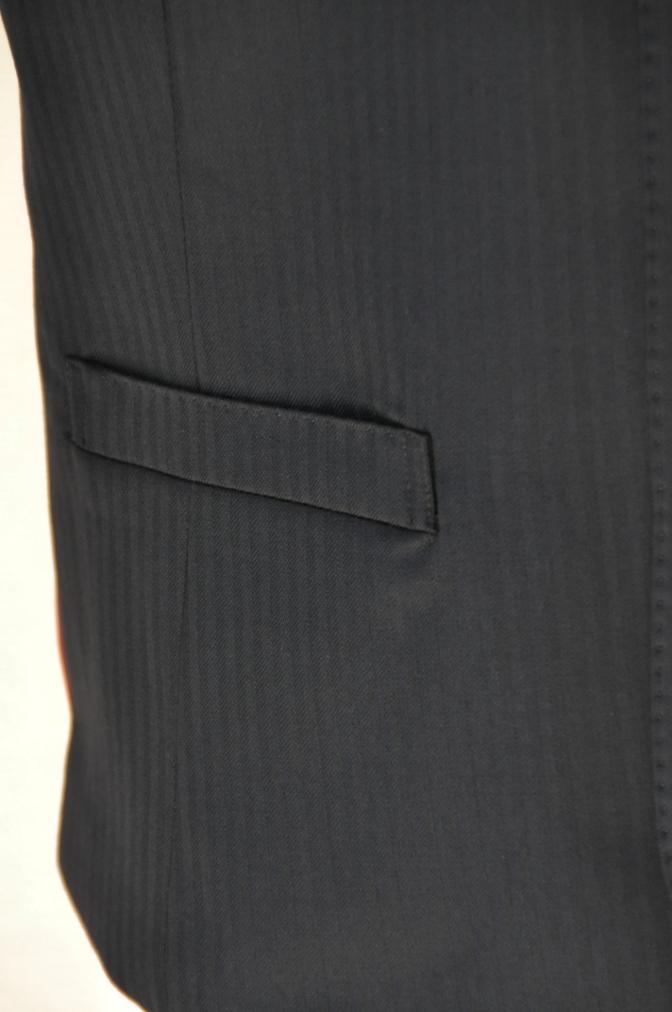 DSC00041 お客様のスーツの紹介-CANONICO ブラックシャドーストライプスリーピース-