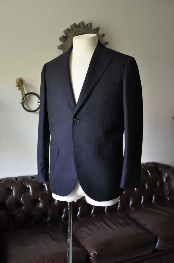 DSC0005-2 お客様のスーツの紹介-ネイビーヘリンボーン-