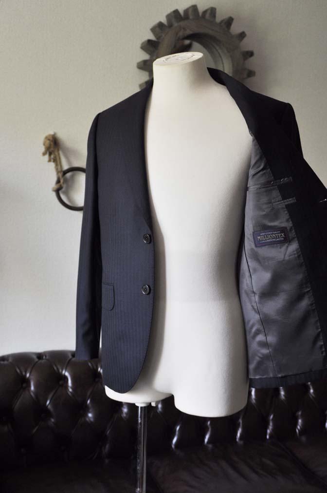 DSC0006-2 お客様のスーツの紹介-ネイビーヘリンボーン-