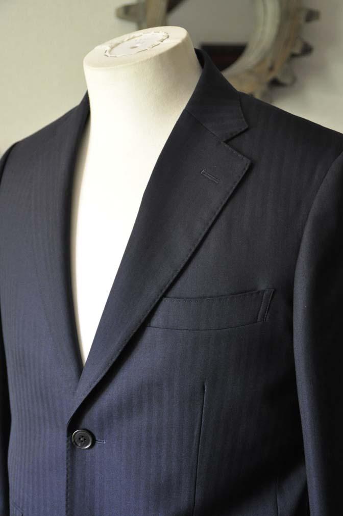 DSC0008-2 お客様のスーツの紹介-ネイビーヘリンボーン-