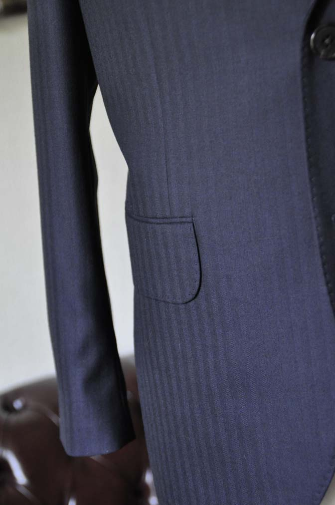DSC0012-2 お客様のスーツの紹介-ネイビーヘリンボーン-