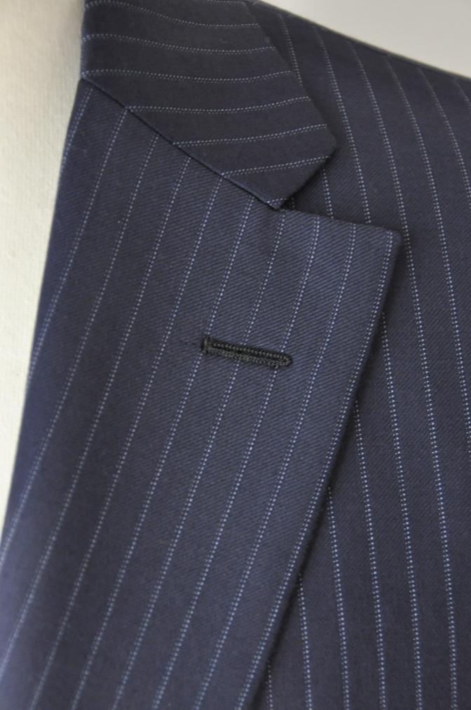 DSC0013 お客様のスーツの紹介-CANONICO ネイビーストライプ- 名古屋の完全予約制オーダースーツ専門店DEFFERT