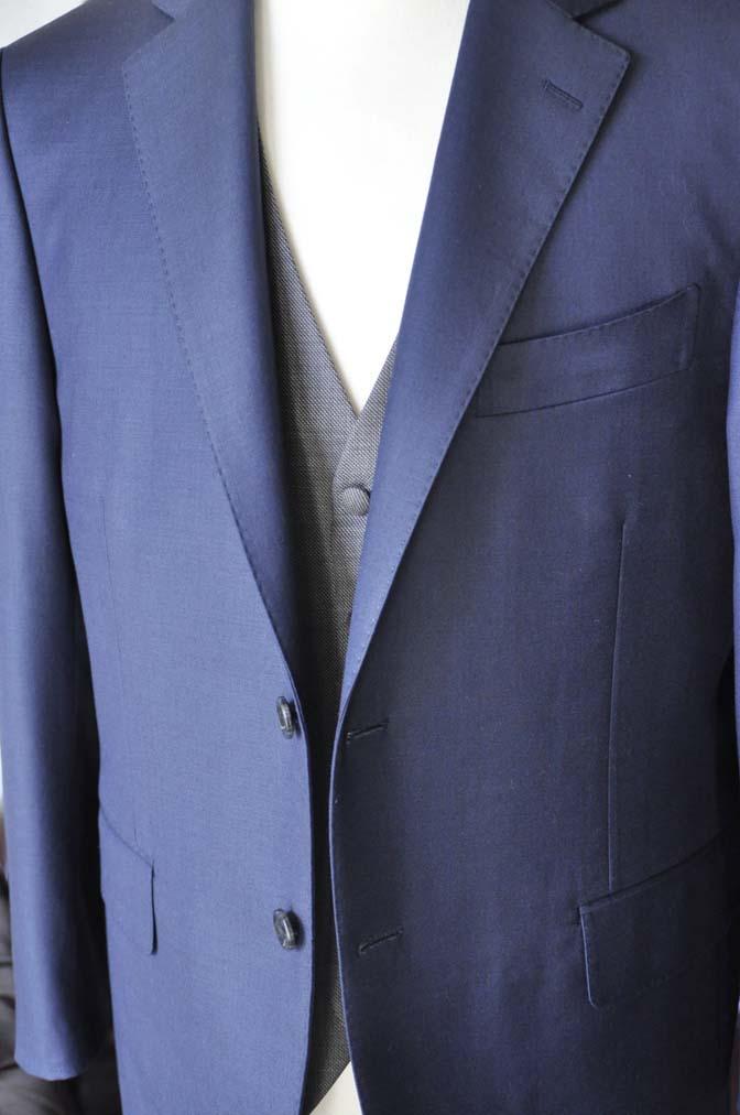 DSC0025-5 お客様のウエディング衣装の紹介- CANONICO無地ネイビースーツ グレーベスト-DSC0025-5 お客様のウエディング衣装の紹介- CANONICO無地ネイビースーツ グレーベスト- 名古屋市のオーダータキシードはSTAIRSへ