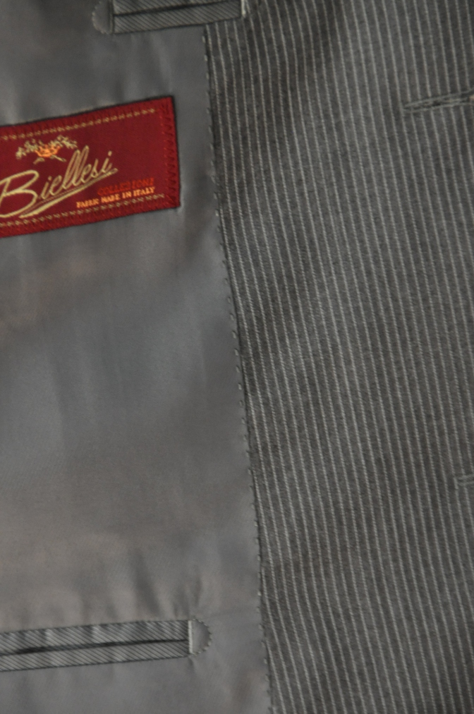 DSC00292 お客様のスーツの紹介-BIELLESI グレーストライプ-