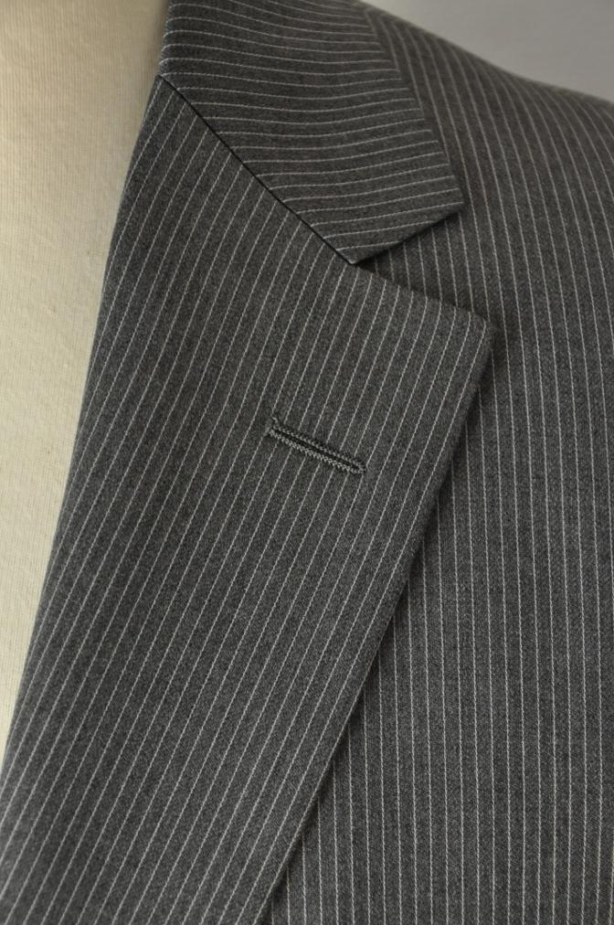 DSC00322 お客様のスーツの紹介-BIELLESI グレーストライプ-