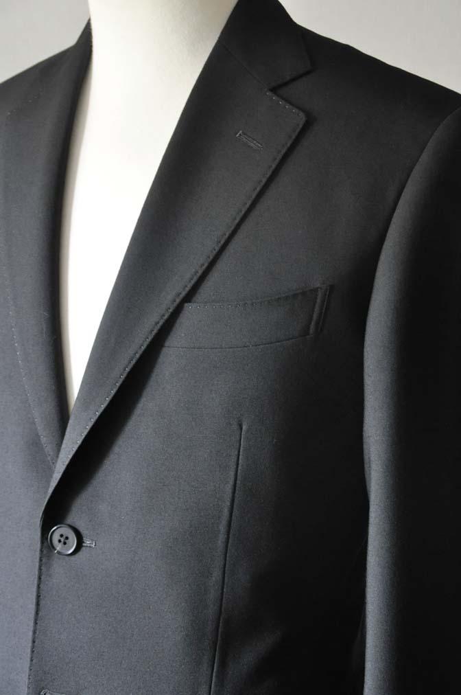 DSC0033-2 お客様のスーツの紹介- 御幸毛織 ブラックスーツ-