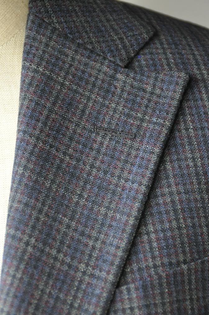 DSC0033 お客様のスーツの紹介-チェック柄ダブルジレスリーピース-