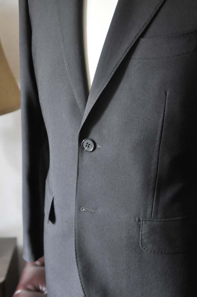 DSC0034-2 お客様のスーツの紹介- 御幸毛織 ブラックスーツ-