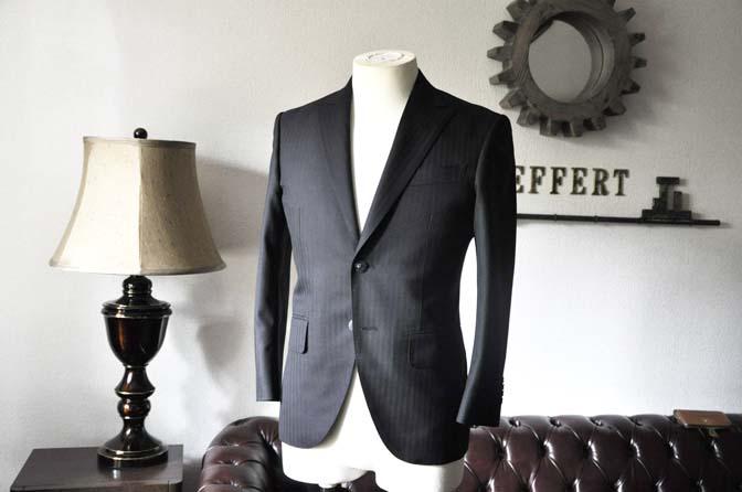 DSC0035-3 お客様のスーツの紹介-ブラックヘリンボーンスーツ- 名古屋の完全予約制オーダースーツ専門店DEFFERT