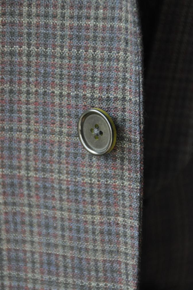 DSC00361 お客様のスーツの紹介-チェック柄ダブルジレスリーピース-