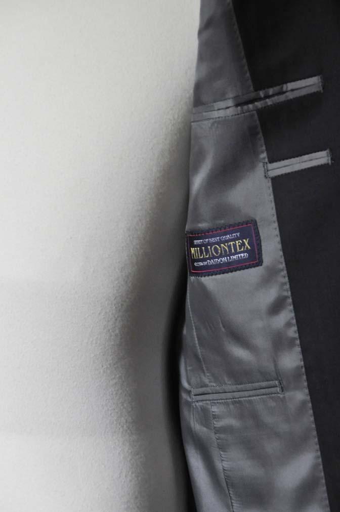 DSC0038-4 お客様のスーツの紹介-ブラックヘリンボーンスーツ- 名古屋の完全予約制オーダースーツ専門店DEFFERT