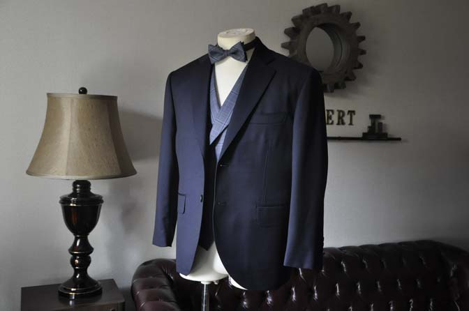 DSC0042-3 お客様のウエディング衣装の紹介-Biellesi ネイビースーツ ネイビーチェックベスト-