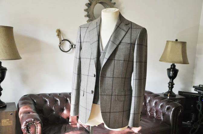 DSC0044-3 お客様のスーツの紹介- DARROW DALE ブラウンチェックスリーピース-