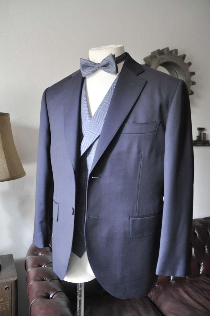 DSC0044-4 お客様のウエディング衣装の紹介-Biellesi ネイビースーツ ネイビーチェックベスト-DSC0044-4 お客様のウエディング衣装の紹介-Biellesi ネイビースーツ ネイビーチェックベスト- 名古屋市のオーダータキシードはSTAIRSへ