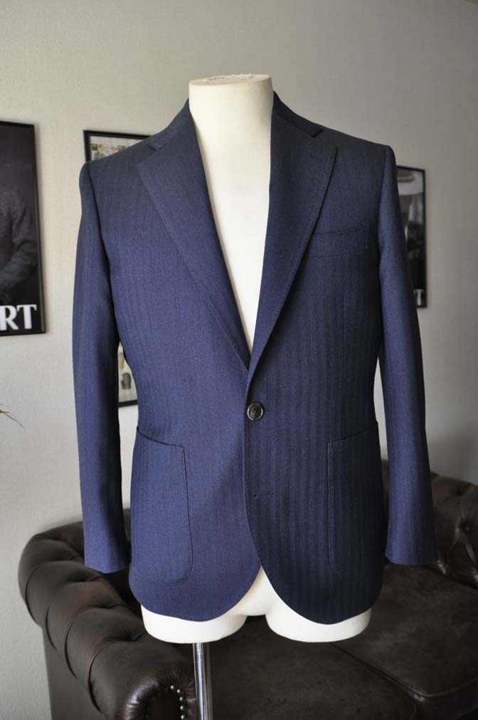 DSC00453 お客様のジャケットの紹介- REDA ネイビーヘリンボーン-