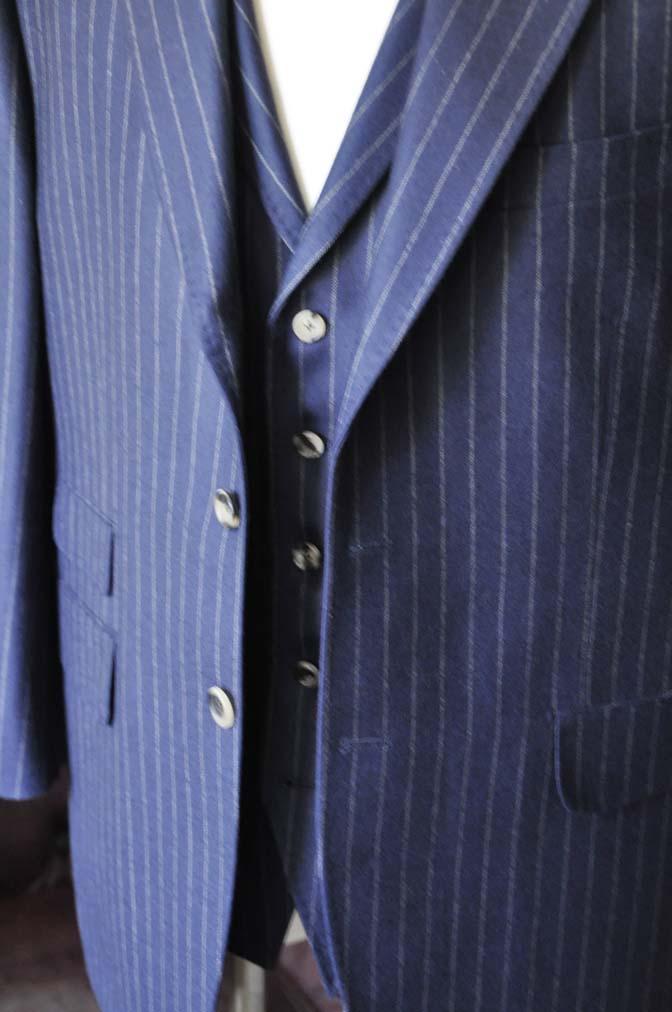 DSC0046-1 お客様のスーツの紹介- DARROW DALE ネイビーストライプスリーピーススーツ-