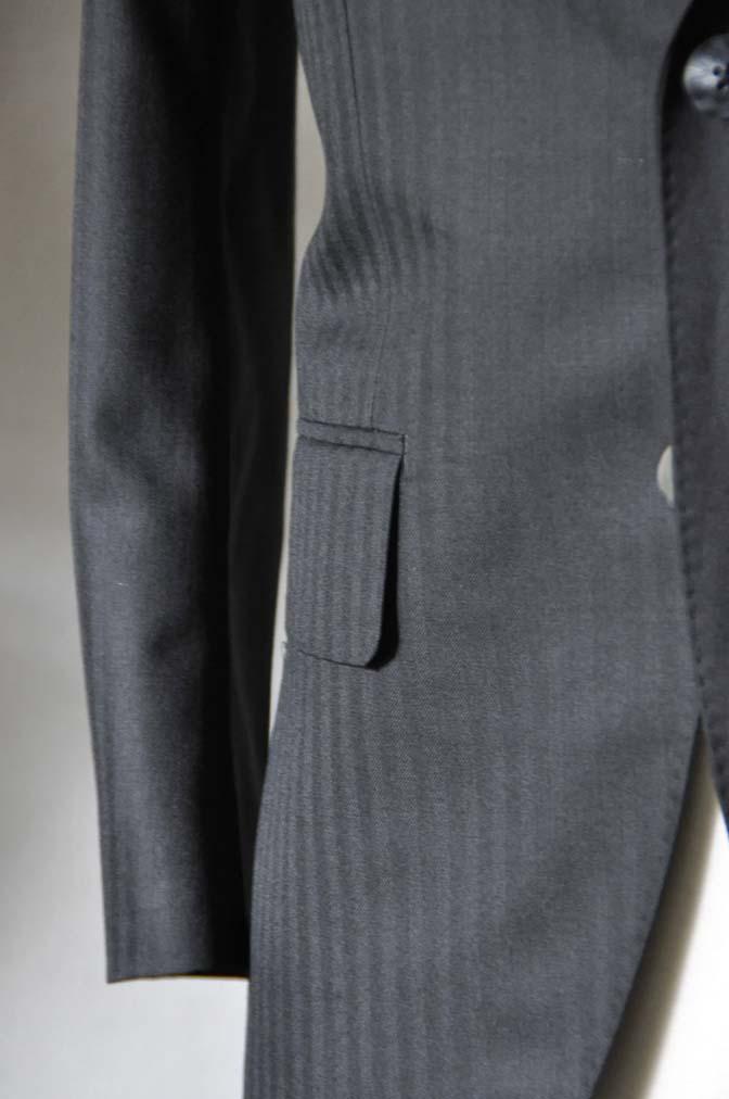 DSC0046-2 お客様のスーツの紹介-ブラックヘリンボーンスーツ-