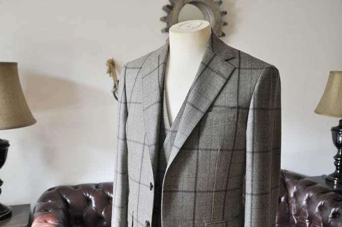 DSC0046-3 お客様のスーツの紹介- DARROW DALE ブラウンチェックスリーピース-