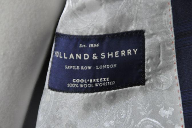 DSC00473 お客様のスーツの紹介-HOLLAND&SHERRY Cool Breezeネイビーチェックスーツ- 名古屋の完全予約制オーダースーツ専門店DEFFERT