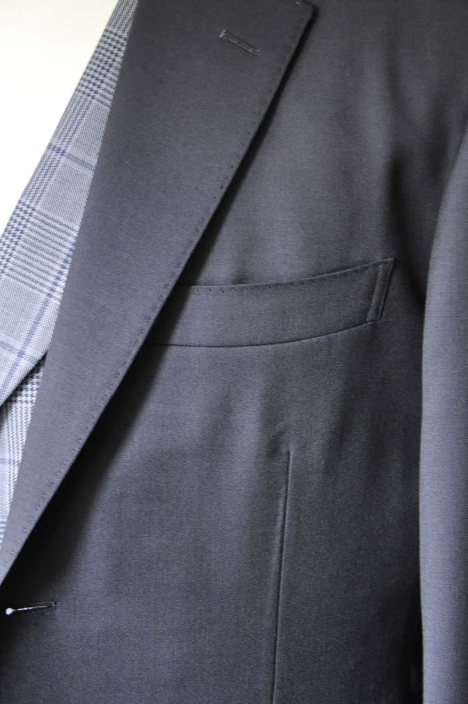 DSC0049-2 お客様のウエディング衣装の紹介-Biellesi ネイビースーツ ネイビーチェックベスト-DSC0049-2 お客様のウエディング衣装の紹介-Biellesi ネイビースーツ ネイビーチェックベスト- 名古屋市のオーダータキシードはSTAIRSへ