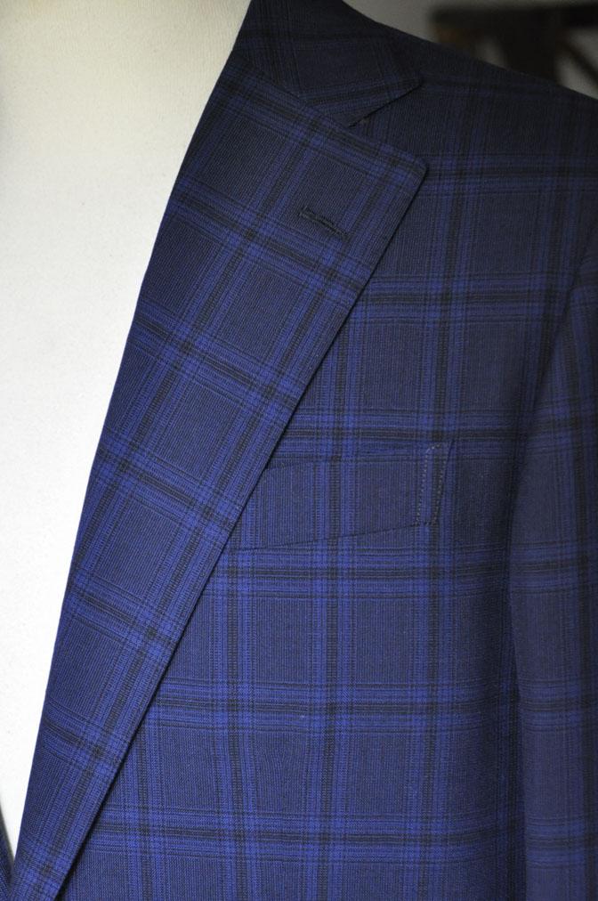 DSC00491 お客様のスーツの紹介-HOLLAND&SHERRY Cool Breezeネイビーチェックスーツ- 名古屋の完全予約制オーダースーツ専門店DEFFERT