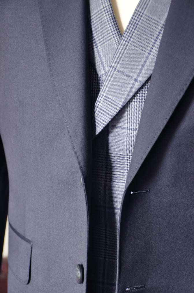 DSC0050-3 お客様のウエディング衣装の紹介-Biellesi ネイビースーツ ネイビーチェックベスト-DSC0050-3 お客様のウエディング衣装の紹介-Biellesi ネイビースーツ ネイビーチェックベスト- 名古屋市のオーダータキシードはSTAIRSへ