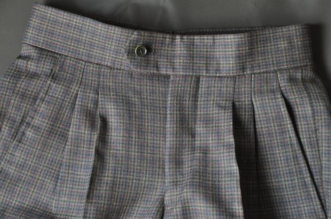 DSC00504 お客様のスーツの紹介-チェック柄ダブルジレスリーピース-