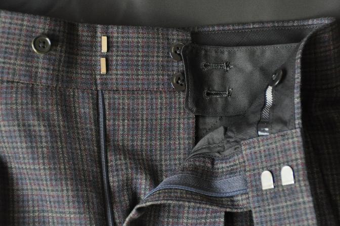 DSC00521 お客様のスーツの紹介-チェック柄ダブルジレスリーピース-