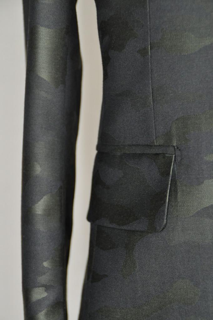 DSC0055-680x1024 オーダースーツ-迷彩スーツ-