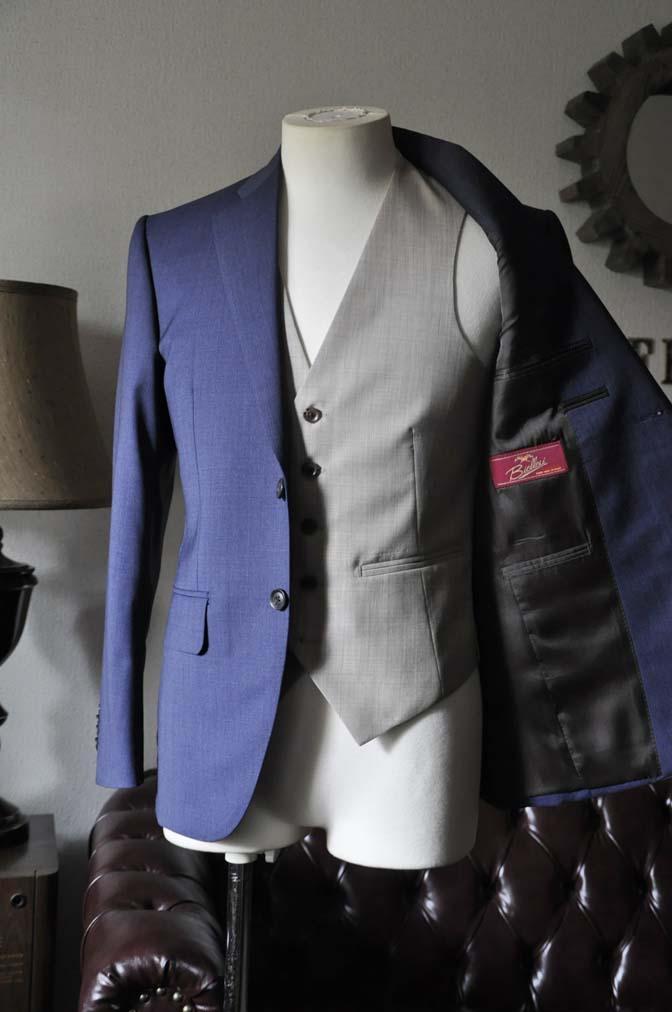 DSC0056-2 お客様のウエディング衣装の紹介-Biellesi ネイビースーツ ベージュベスト-DSC0056-2 お客様のウエディング衣装の紹介-Biellesi ネイビースーツ ベージュベスト- 名古屋市のオーダータキシードはSTAIRSへ