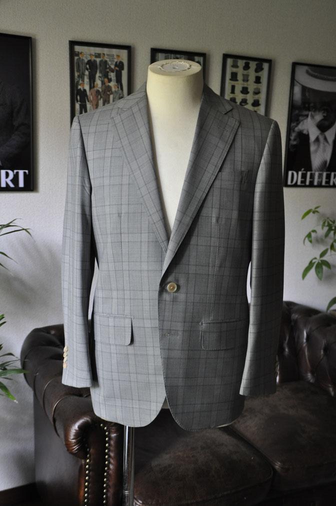 DSC00602 お客様のスーツの紹介-DORMEUIL Tropical Amadeus グレーチェック -