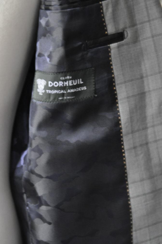 DSC0064 お客様のスーツの紹介-DORMEUIL Tropical Amadeus グレーチェック -