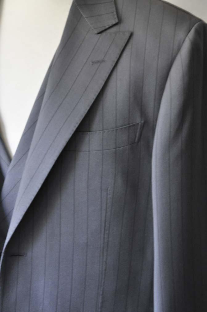 DSC0067-1 お客様のスーツの紹介- Biellesi グレーストライプスリーピース-
