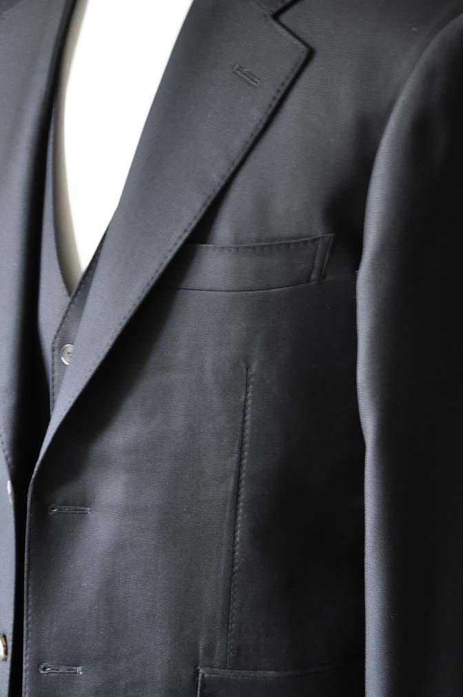 DSC0067-3 お客様のスーツの紹介-Loro Piana無地ブラック スリーピース-