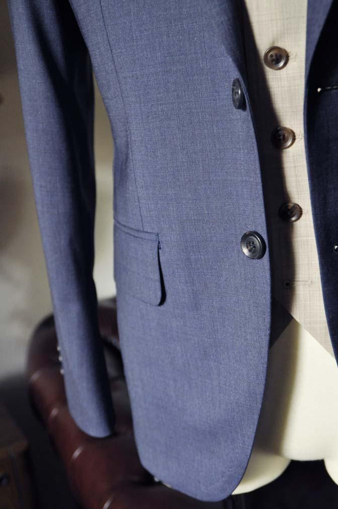 DSC0068-2 お客様のウエディング衣装の紹介-Biellesi ネイビースーツ ベージュベスト-DSC0068-2 お客様のウエディング衣装の紹介-Biellesi ネイビースーツ ベージュベスト- 名古屋市のオーダータキシードはSTAIRSへ