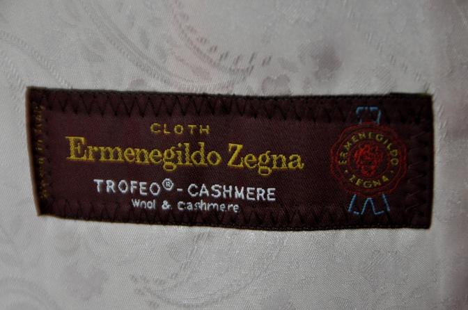 DSC00682 お客様のスーツの紹介-Ermenegild Zegna  Trofeo Cashmere グレーフランネルストライプ- 名古屋の完全予約制オーダースーツ専門店DEFFERT