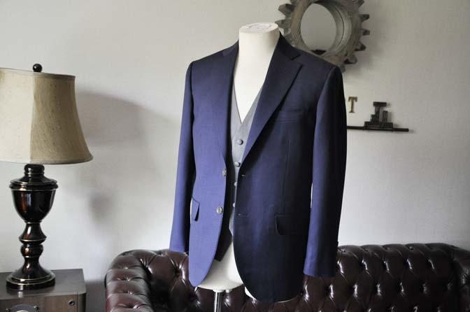 DSC0071-2 お客様のウエディング衣装の紹介-Biellesi ネイビースーツ ライトグレーベスト- 名古屋の完全予約制オーダースーツ専門店DEFFERT