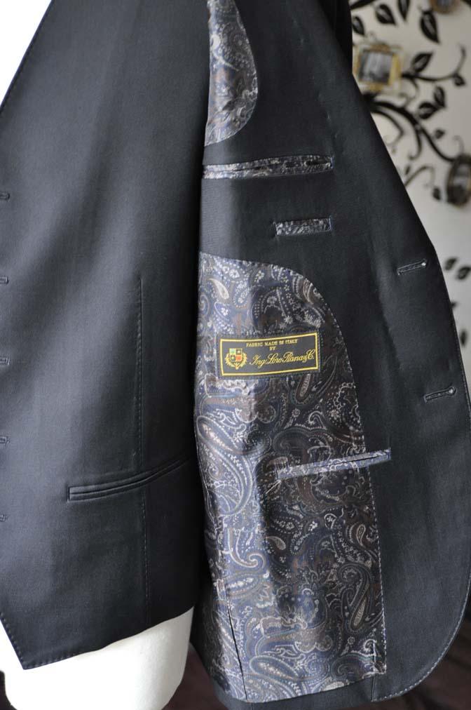 DSC0075-4 お客様のスーツの紹介-Loro Piana無地ブラック スリーピース-