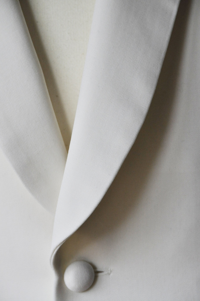 DSC00753 お客様のタキシードの紹介-ホワイト ショールカラータキシード- 名古屋の完全予約制オーダースーツ専門店DEFFERT
