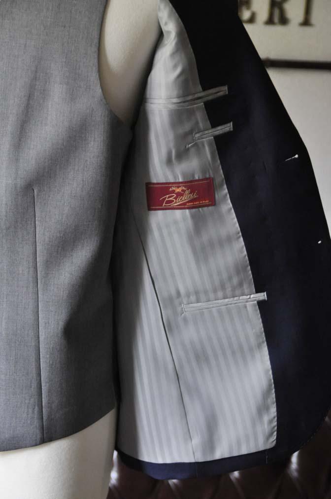 DSC0076-1 お客様のウエディング衣装の紹介-Biellesi ネイビースーツ ライトグレーベスト- 名古屋の完全予約制オーダースーツ専門店DEFFERT