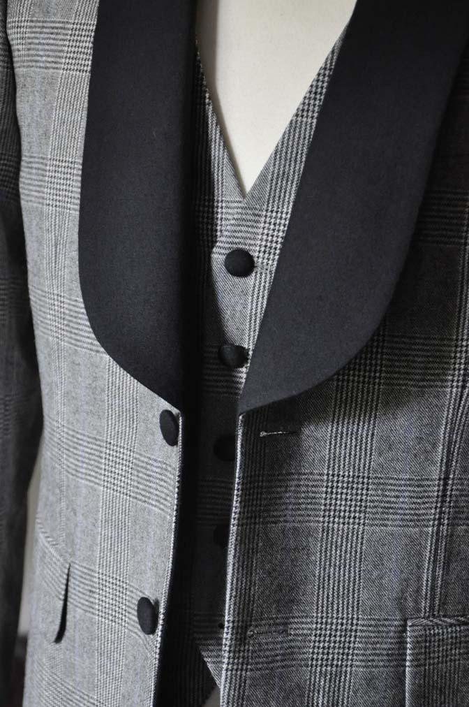 DSC0077-1 お客様のウエディング衣装の紹介- DARROW DALEグレンチェックフランネルタキシード風衣装-DSC0077-1 お客様のウエディング衣装の紹介- DARROW DALEグレンチェックフランネルタキシード風衣装- 名古屋市のオーダータキシードはSTAIRSへ