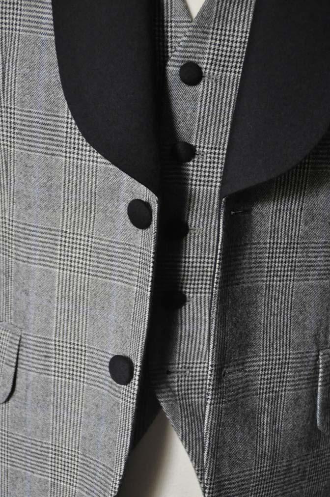 DSC0078-1 お客様のウエディング衣装の紹介- DARROW DALEグレンチェックフランネルタキシード風衣装-DSC0078-1 お客様のウエディング衣装の紹介- DARROW DALEグレンチェックフランネルタキシード風衣装- 名古屋市のオーダータキシードはSTAIRSへ