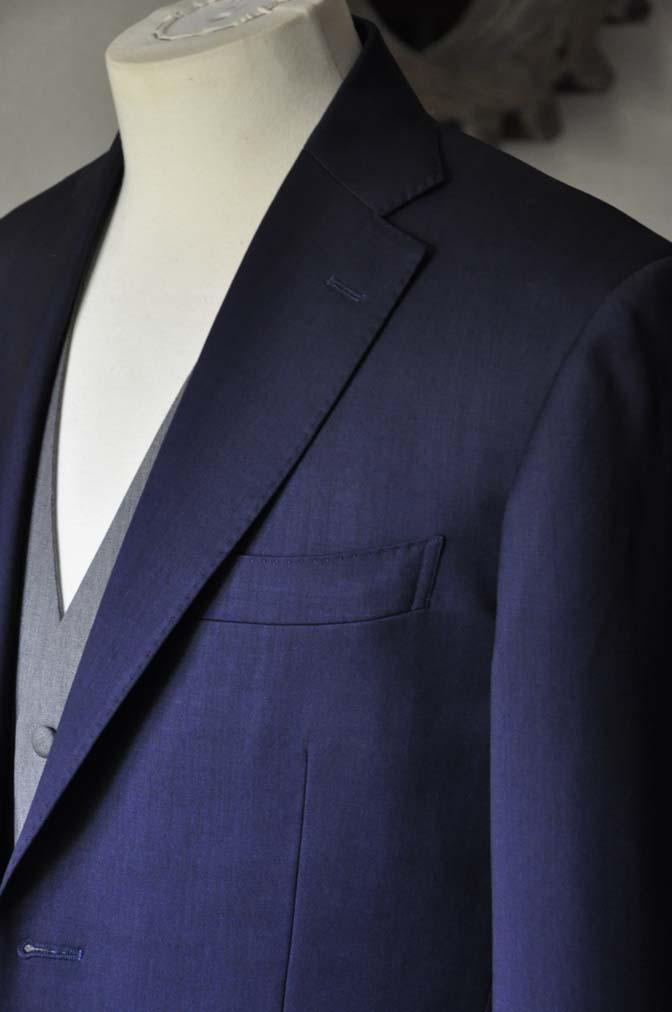 DSC0080-1 お客様のウエディング衣装の紹介-Biellesi ネイビースーツ ライトグレーベスト- 名古屋の完全予約制オーダースーツ専門店DEFFERT