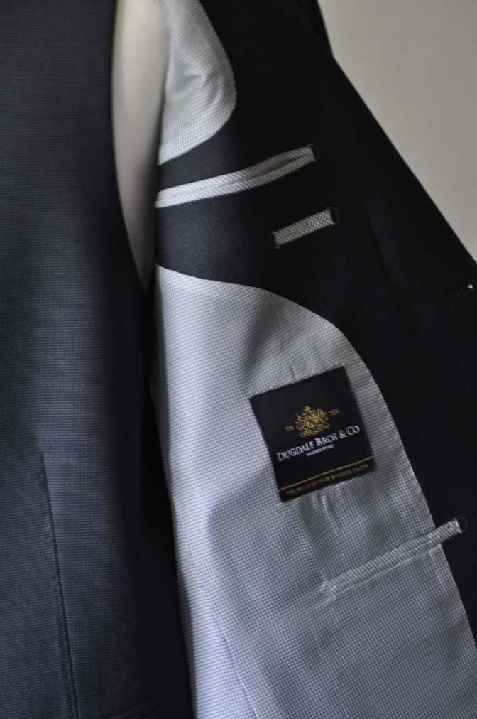 DSC0084-2 お客様のスーツの紹介- DUGDALE BROS 無地ネイビースリーピース- 名古屋の完全予約制オーダースーツ専門店DEFFERT