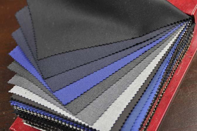 DSC0084-4 2018AW 生地バンチ入荷   「Plain&Cotton Collection」 名古屋の完全予約制オーダースーツ専門店DEFFERT